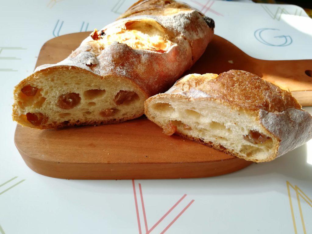 あこうぱん ぶどうのパン画像